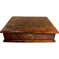 WB-1396z: 18th Century William & Mary Walnut Dressing Box