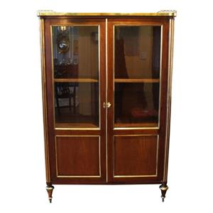 WOF-2408z: French Double Door Vitrine Cabinet